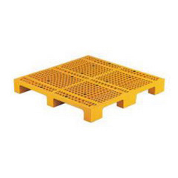 Four Single Sided Forks N Type Plastic Pallets